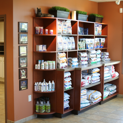 Your pets diet can be a major part of their recovery, treatment or prevention from illness and disease. Parkside Animal Hospital has prescription diets available for your pets in the convenience of our lobby.